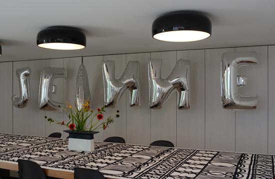 facilities_clouds9000_iobject__jungle_garden_meetingroom_3