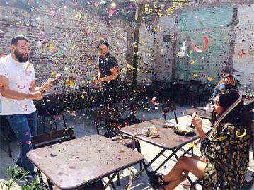 CLOUDS_9000_IOBJECT_CAFE_CLOUD_celebrate